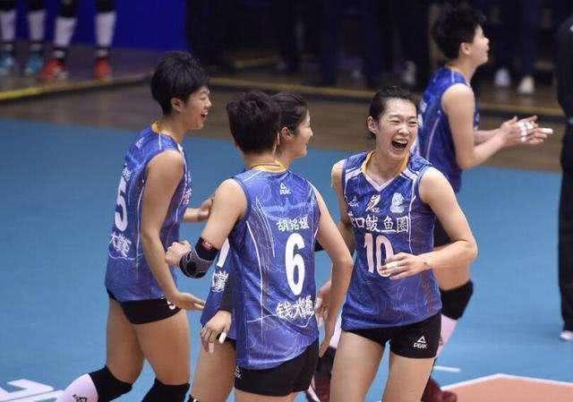 能在辽宁女排中排挤掉王一梅 段放也是中国女排中一个有名球员