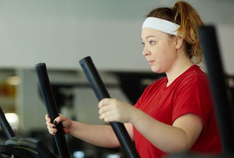 几个方法突破减肥瓶颈期,让身体消耗更多热量,分解更多脂肪