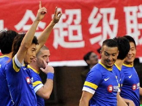 6年前的今天中超大连阿尔滨1比0力挫上海申花,出场14人今何在?