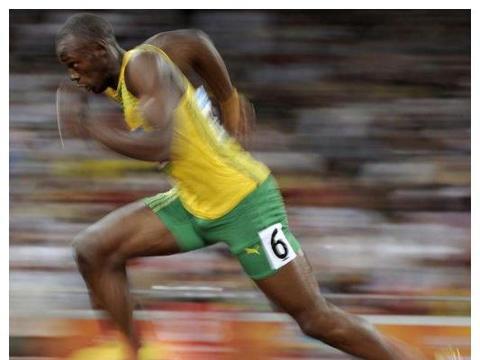 闪电博尔特碰壁开始断电,继奥运会,被5人打败,你知道是谁吗?