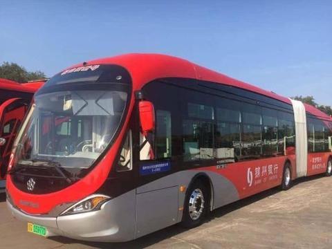 打破质疑!董明珠的5G公交车开跑了,车长18米可连接5GWiFi