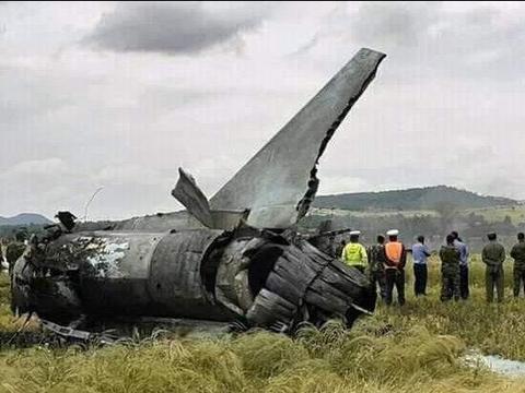 苏-30曝飞控故障,起飞后急转坠毁,委内瑞拉空军准将被摔身亡