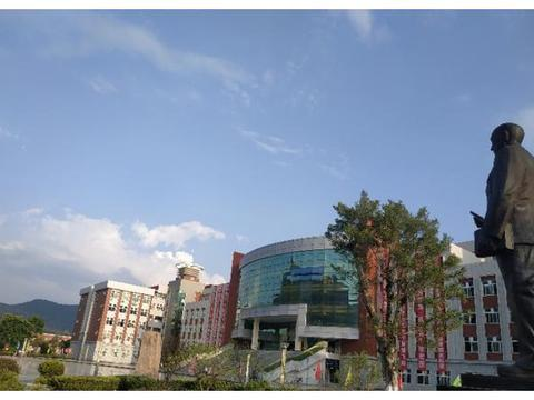 桂林航天工业学院喜迎四十大庆
