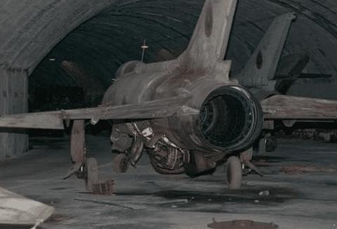 东欧小国以单价200美元,大量甩卖中国战斗机