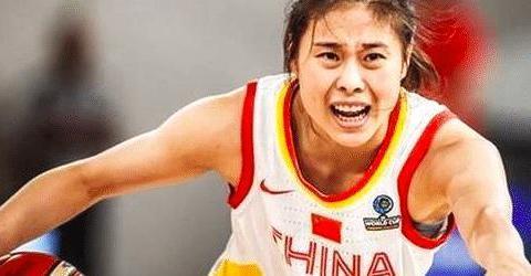 重磅官宣!新疆女篮签约国家队主控 曾用致命抢断助队胜澳大利亚