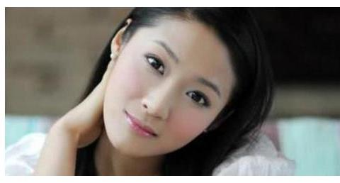 《少年包青天3》里的小蛮,郭德纲唯一女弟子,现在成了制片人