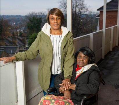 81岁老奶奶被困公寓里长达7个月,只因无人来修理坏的电梯!