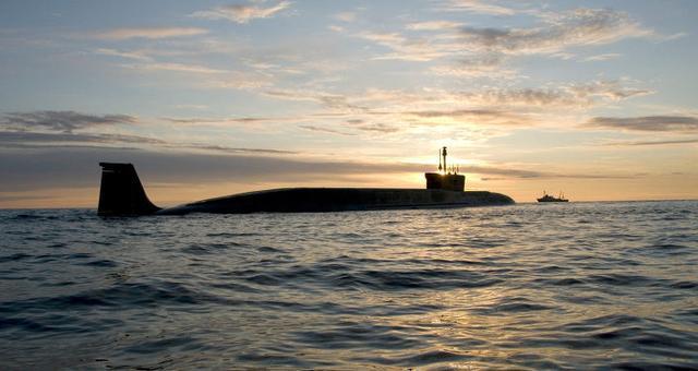 """美国眼中的""""末日武器"""":俄最新战略核潜艇,导弹能打10000公里"""