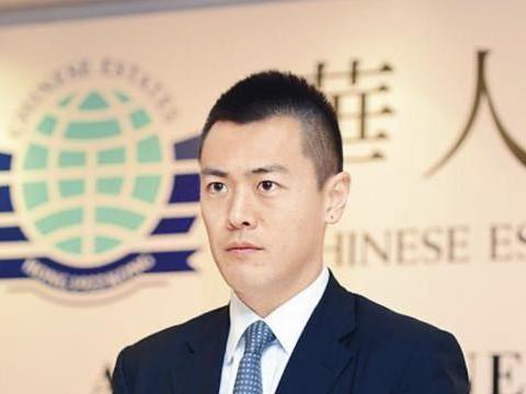 刘銮雄39岁长子刘鸣炜与TVB主播爱不稳定,女方晒与异性亲密合照