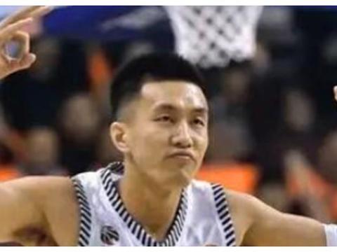 为什么在13年男篮亚锦赛上孙悦会突然拉拽郭艾伦呢?