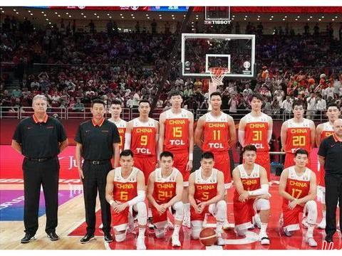国际篮联最新排名:澳大利亚队成榜上大赢家,中国男篮上升3位