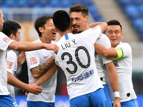 足球|中超:天津泰达胜北京人和