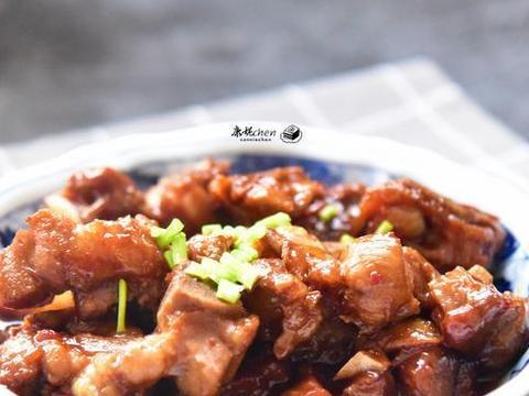春节宴客这道家常菜很受欢迎,寓意节节高升,做法简单还很美味