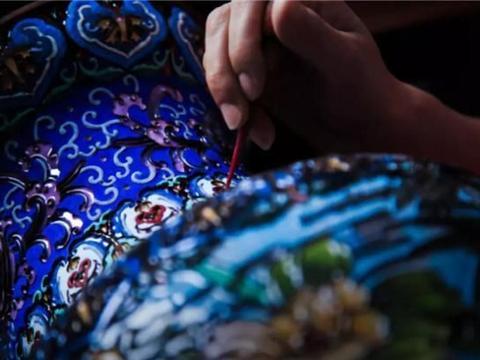 北京有哪三宝?景泰蓝,象牙雕,北京烤鸭呱呱叫
