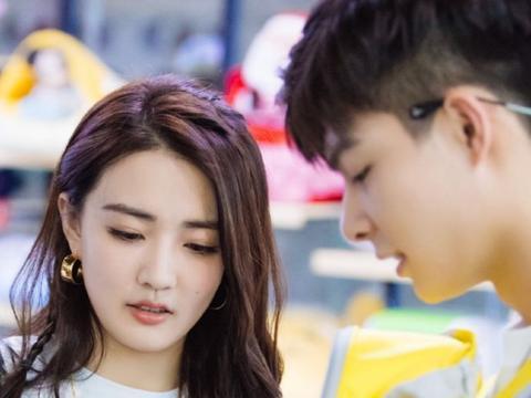 徐璐和男友张铭恩,节目甜蜜温馨大秀恩爱,粉丝:吃了波狗粮