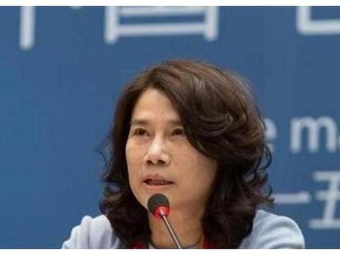马化腾年薪2755万, 董明珠年薪600万, 马云说对钱没兴趣不拿工资