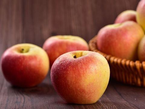 女性在怀孕时常吃此三种水果,孩子发育健康,还能排毒