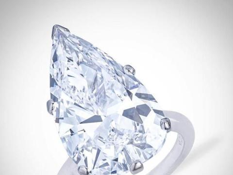 估价高达550万美金的钻石戒指,佳士得拍卖会精品珠宝欣赏
