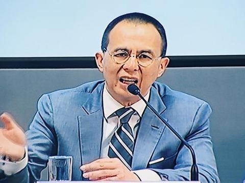 当初李泽楷不卖腾讯股份,现在财富会超过马化腾,将成国内首富