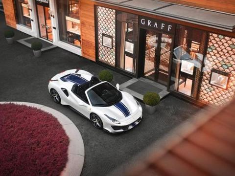 法拉利488 Pista敞篷版美图,白色与拉花的搭配简直完美