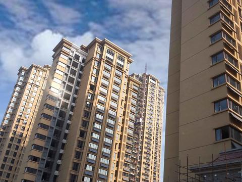 """从上海腰斩过半的地块看!""""一窝蜂""""之后,楼市开始挤泡泡"""