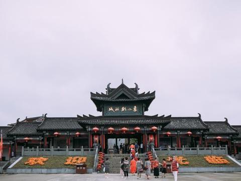 浙江热门景点,《长安十二时辰》取景地,花千元只为玩一个游戏
