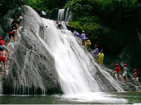 国庆广西周边游:古东瀑布,独秀峰王城,上林三里洋渡,银子岩
