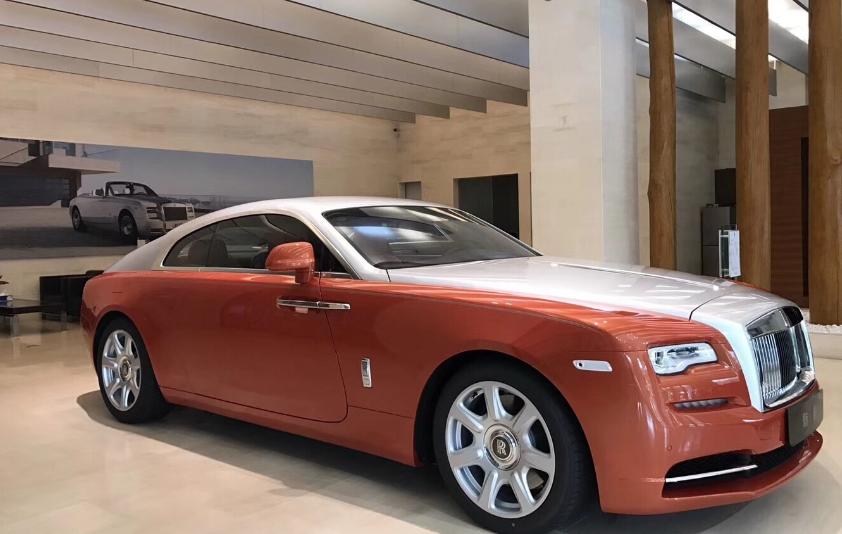 难怪劳斯莱斯能成为顶级豪车,看看生产车间就懂了,实至名归!