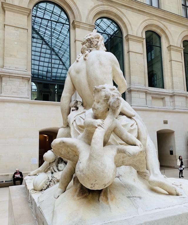 卢浮宫博物馆之:寻找三宝藏品打卡之旅,其中究竟有哪三宝呢?