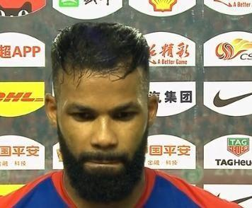 费尔南迪尼奥:比赛很艰难,对方比我们踢的更有侵略性