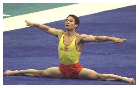 46岁世界冠军李小双,退役后娶歌手妻子,如今创业成功身价过亿!