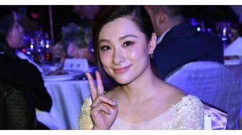 体操女神刘璇退役后生活有哪些变化转型当演员,如今身价已过亿