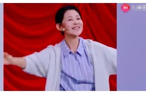 倪萍怎么想的,60岁穿古装扮少女,满脸皱纹还不承认老?