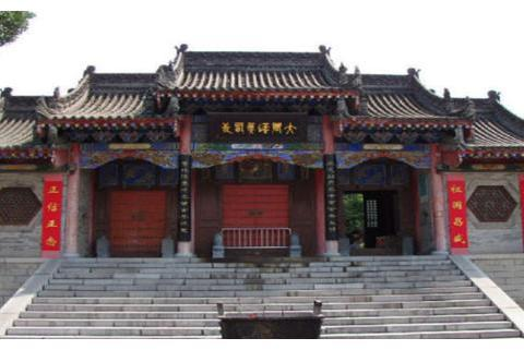 中国佛像最多的庙:仅百平大小却有3700尊佛像,你知道哪里吗