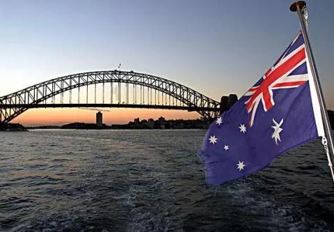 澳洲留学挂科太多被学校除名应该怎么办?