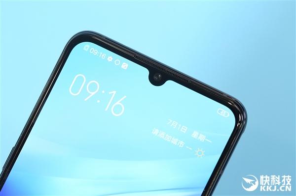 3798元价格震撼!iQOO Pro 5G手机开箱图赏
