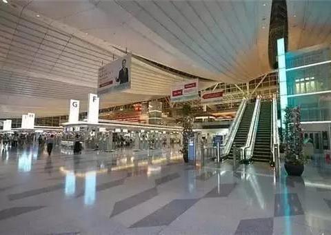 日本被评为世界最干净的机场,最大功臣竟然是一位中国大妈
