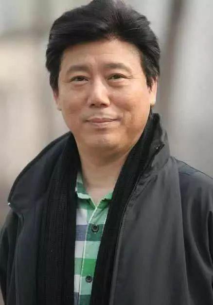"""杠上""""最佳辩手""""郭敬明,让儿子蜗居出租房?这个北京土著太难懂"""