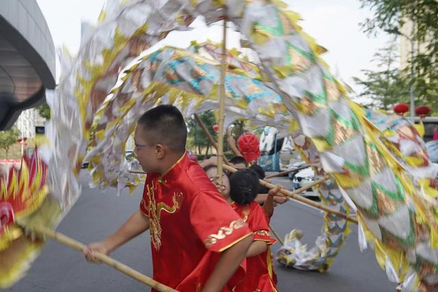 北京市顺义区马坡第二小学舞龙队参加全国青少年舞龙舞狮锦标赛
