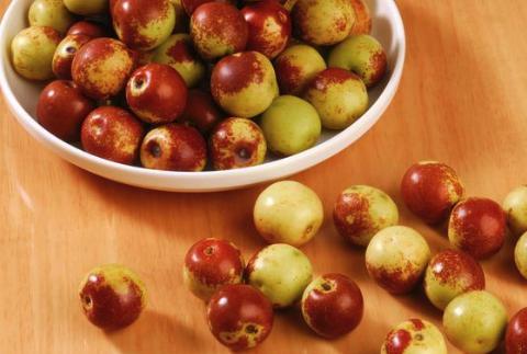 吃红枣能补血补铁?别骗自己了,秋季吃这几样食物更补血