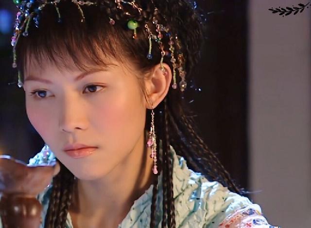 16年前的这部剧,港姐蔡少芬最美?不,反派女配更惊艳