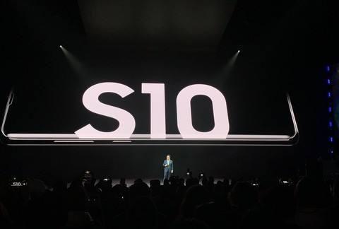 三星S10加冕跳水王,终端狂跌2200元,还要啥iPhone