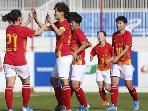 实力碾压!中国女足连灭韩德美,总进球数11-0,夺冠大有希望