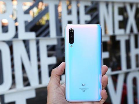 """PK华为,红米将推5G手机,卢伟冰表示K30会成为""""爆款""""!"""