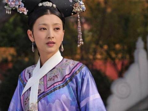 36岁沈眉庄斓曦终于逆袭,一袭红裙温婉动人惊艳全场,演绎气质美