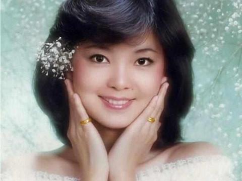 邓丽君墓地:曾是香港最受欢迎女歌手,墓园永远飘荡着她的歌声