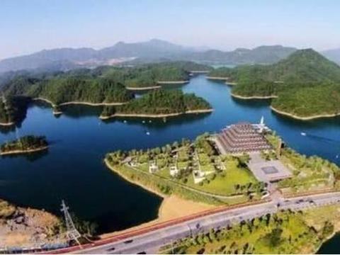 中国改名最成功湖:曾是水库无人知,现成旅游胜地,年收入超百亿