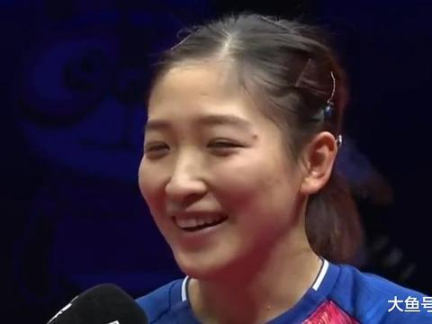 五冠王!刘诗雯击败朱雨玲成女乒世界杯第一人,激动得扔拍庆祝