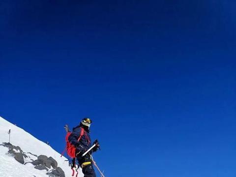 月圆欧罗巴之巅——厄尔布鲁士峰攀登记
