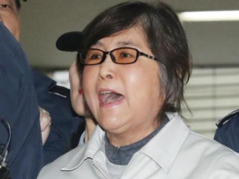 忏悔!崔顺实给朴槿惠写信,到底有什么用意?
